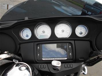 2015 HARLEY DAVIDSON Street Glide Sp Street Glide Special Thousands in  Extras - Photo 15 - Yuba City, CA 95991-6623