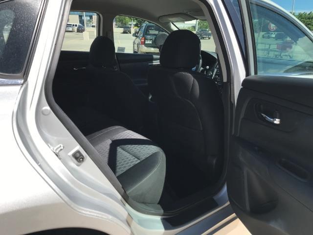 2016 Nissan Altima 2.5 - Photo 8 - Honolulu, HI 96818