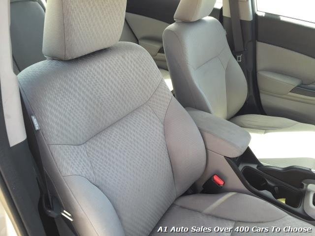 2014 Honda Civic LX - Photo 20 - Honolulu, HI 96818