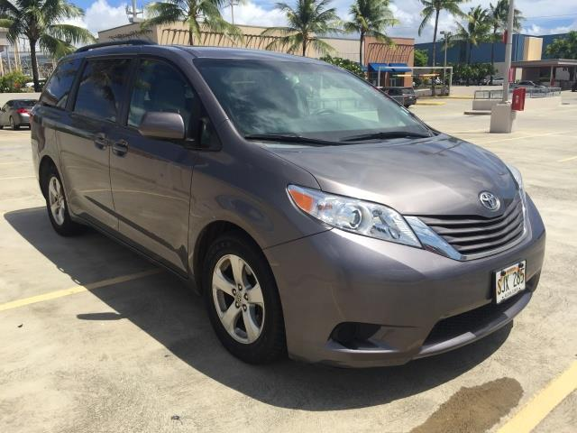 2015 Toyota Sienna LE 8-Passenger XtraEquipment LOADED - Photo 3 - Honolulu, HI 96818