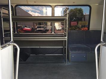 2007 FORD E450 BUS - Photo 12 - Honolulu, HI 96818