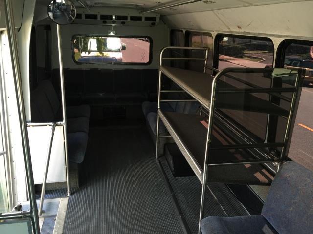 2007 FORD E450 BUS - Photo 15 - Honolulu, HI 96818
