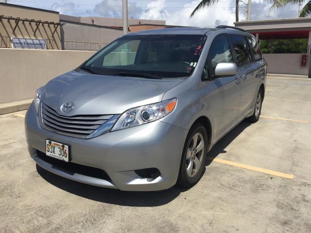 2015 Toyota Sienna LE 8-Passenger XtraEquipment LOADED! - Photo 3 - Honolulu, HI 96818