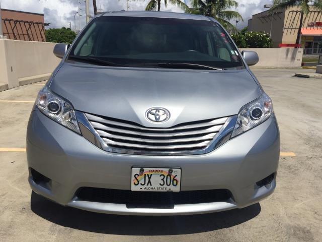 2015 Toyota Sienna LE 8-Passenger XtraEquipment LOADED! - Photo 7 - Honolulu, HI 96818