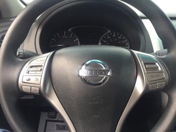 2015 Nissan Altima 2.5 - Photo 18 - Honolulu, HI 96818