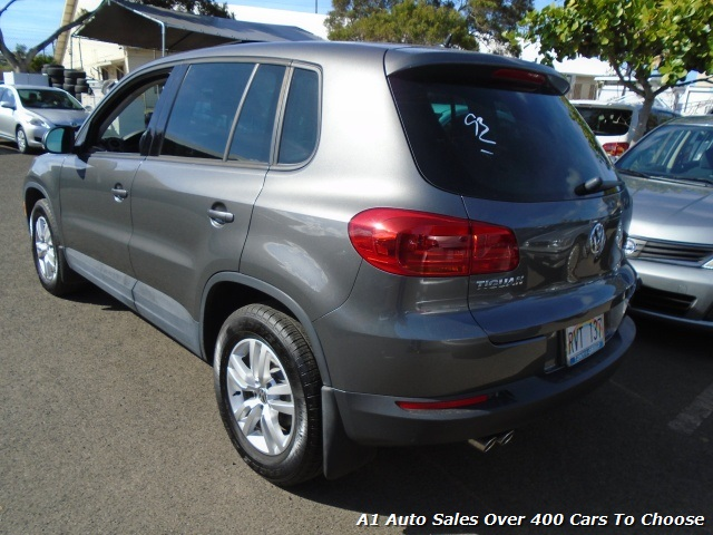 2012 Volkswagen Tiguan S - Photo 3 - Honolulu, HI 96818
