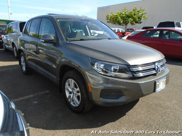 2012 Volkswagen Tiguan S - Photo 2 - Honolulu, HI 96818