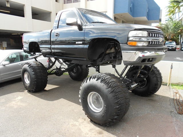 1999 Chevrolet Silverado 1500 LS MONSTER TRUCK REDUCED PRICE+UPGRADES - Photo 1 - Honolulu, HI 96818
