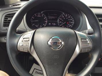 2015 Nissan Altima 2.5 - Photo 13 - Honolulu, HI 96818