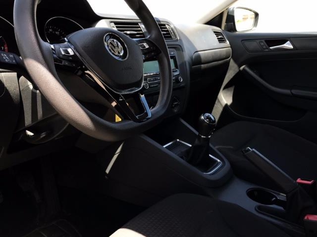 2015 Volkswagen Jetta - Photo 7 - Honolulu, HI 96818