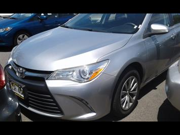 2015 Toyota Camry LE - Photo 2 - Honolulu, HI 96818