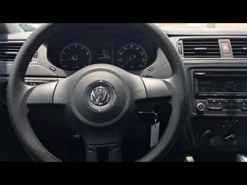 2014 Volkswagen Jetta S - Photo 8 - Honolulu, HI 96818