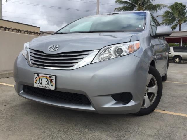 2015 Toyota Sienna LE 8-Passenger - Photo 1 - Honolulu, HI 96818