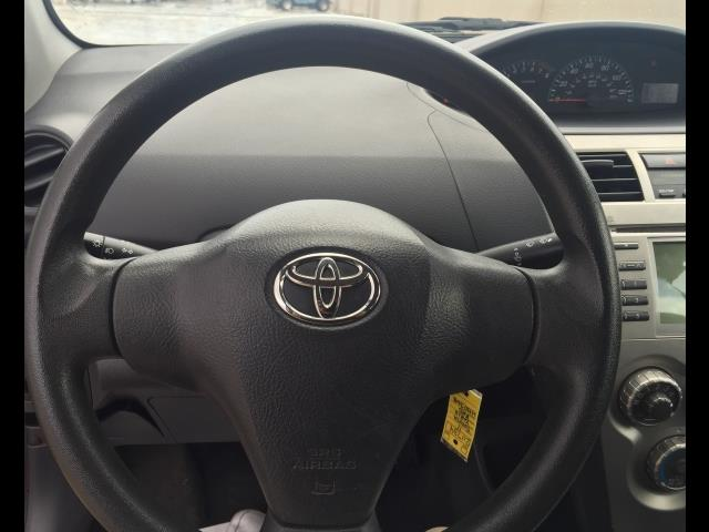 2012 Toyota Yaris Fleet - Photo 4 - Honolulu, HI 96818