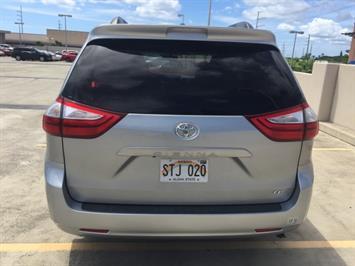 2015 Toyota Sienna LE 8-Passenger - Photo 9 - Honolulu, HI 96818