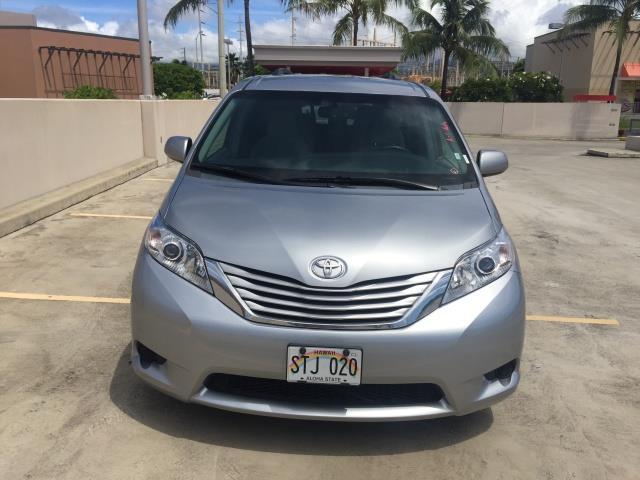 2015 Toyota Sienna LE 8-Passenger - Photo 4 - Honolulu, HI 96818