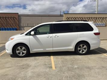 2015 Toyota Sienna LE 8-Passenger XtraEquipment LOADED! - Photo 6 - Honolulu, HI 96818