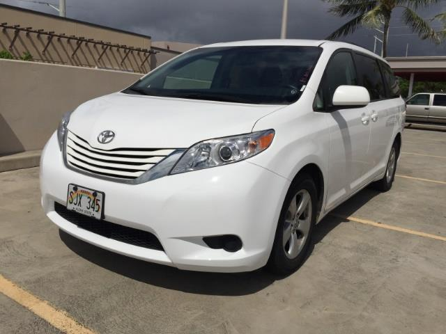 2015 Toyota Sienna LE 8-Passenger XtraEquipment LOADED! - Photo 2 - Honolulu, HI 96818