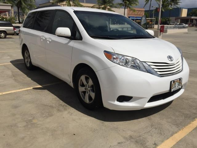 2015 Toyota Sienna LE 8-Passenger XtraEquipment LOADED! - Photo 10 - Honolulu, HI 96818