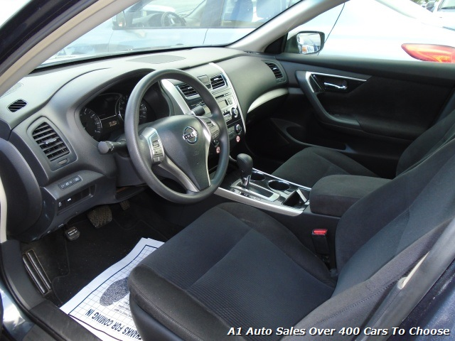 2013 Nissan Altima 2.5 - Photo 3 - Honolulu, HI 96818
