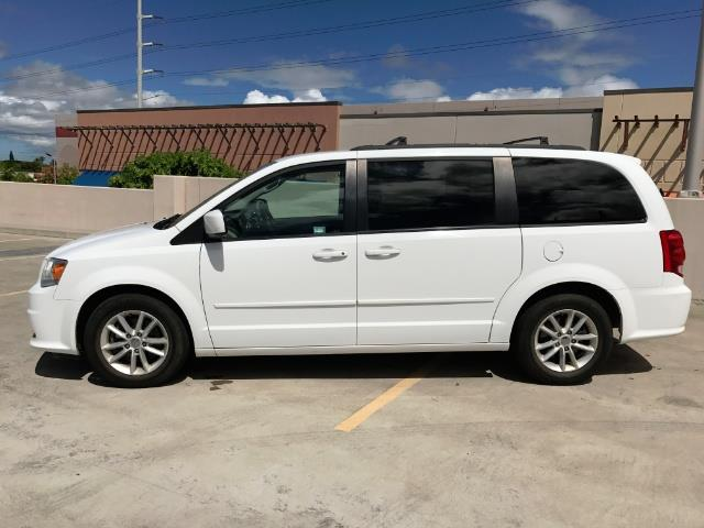 2015 Dodge Grand Caravan SXT Plus - Photo 2 - Honolulu, HI 96818