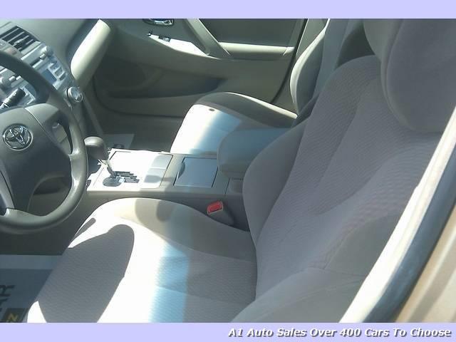 2010 Toyota Camry SE - Photo 5 - Honolulu, HI 96818
