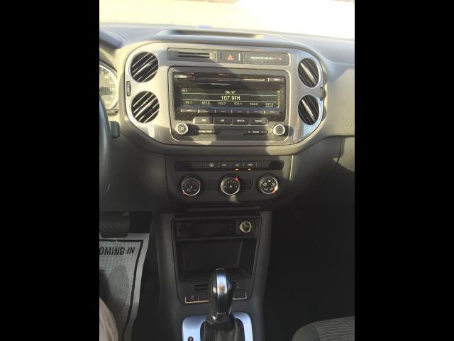 2013 Volkswagen Tiguan S - Photo 13 - Honolulu, HI 96818