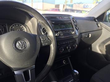 2013 Volkswagen Tiguan S - Photo 14 - Honolulu, HI 96818