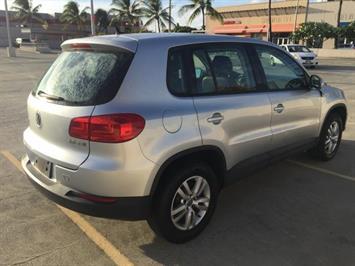 2013 Volkswagen Tiguan S - Photo 11 - Honolulu, HI 96818
