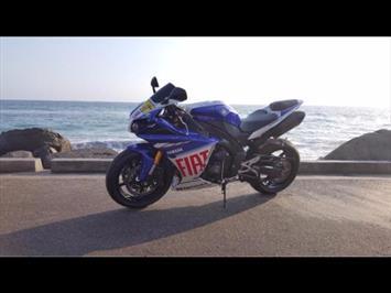 2010 Yamaha YZF-R YZF-R1 Valentino Rossi