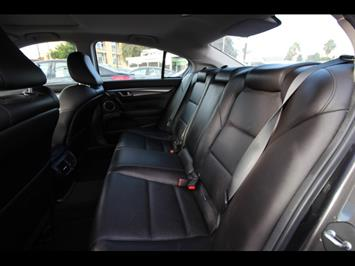 2007 Acura TL w/Navi - Photo 8 - Oceanside, CA 92054-3018