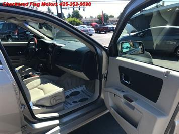 2004 Cadillac SRX - Photo 11 - Everett, WA 98201