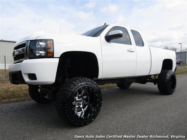 2007 chevrolet silverado 1500 lt fully loaded lifted 4x4. Black Bedroom Furniture Sets. Home Design Ideas