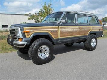 1989 Jeep Grand Wagoneer SUV