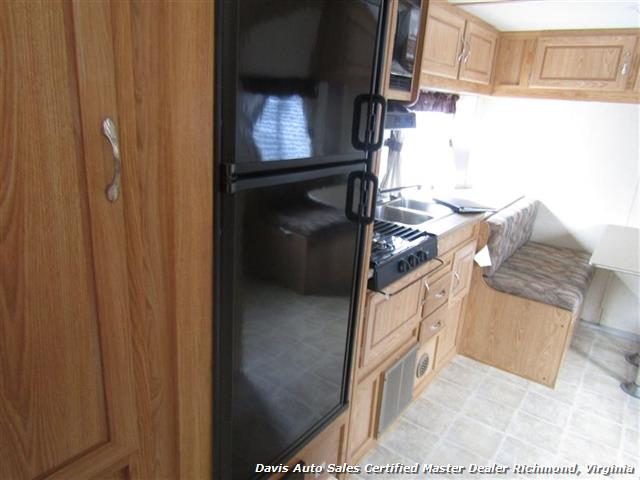 2007 Work And Play Forest River 30 Foot  Toy Hauler Camper - Photo 19 - Richmond, VA 23237
