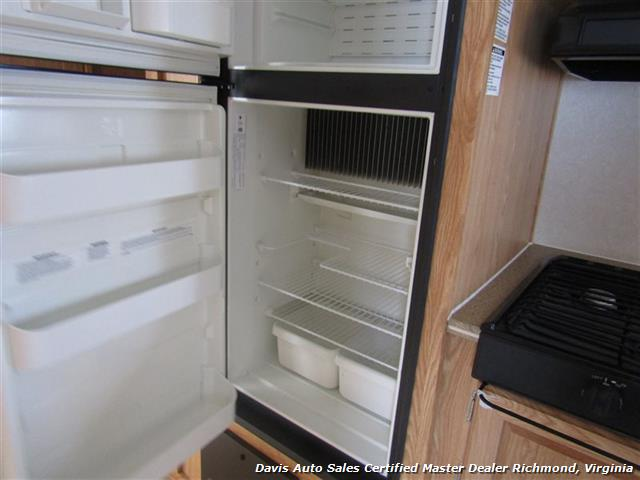 2007 Work And Play Forest River 30 Foot  Toy Hauler Camper - Photo 21 - Richmond, VA 23237