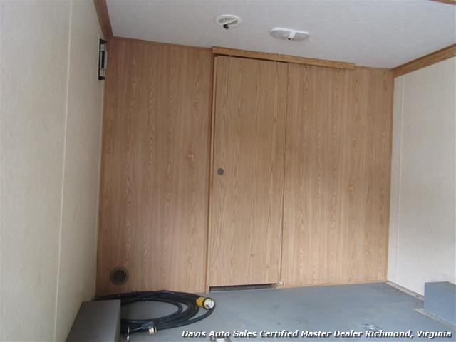 2007 Work And Play Forest River 30 Foot  Toy Hauler Camper - Photo 11 - Richmond, VA 23237