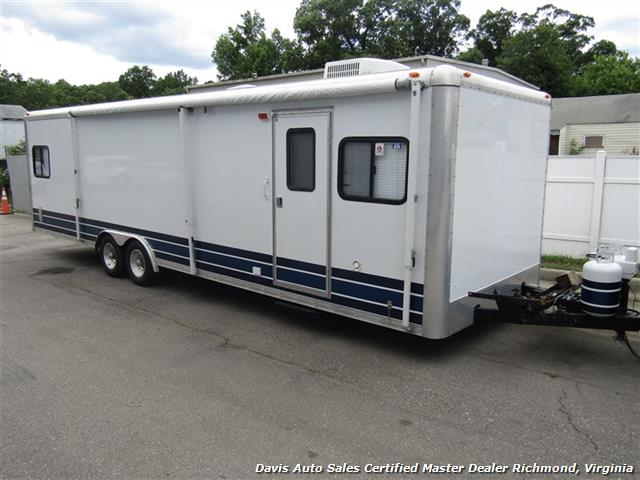 2007 Work And Play Forest River 30 Foot  Toy Hauler Camper - Photo 1 - Richmond, VA 23237