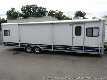 2007 Work And Play Forest River 30 Foot  Toy Hauler Camper - Photo 2 - Richmond, VA 23237
