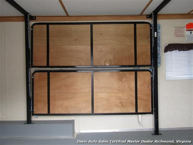 2007 Work And Play Forest River 30 Foot  Toy Hauler Camper - Photo 9 - Richmond, VA 23237