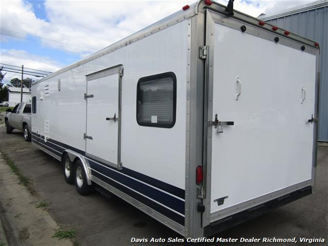 2007 Work And Play Forest River 30 Foot  Toy Hauler Camper - Photo 5 - Richmond, VA 23237