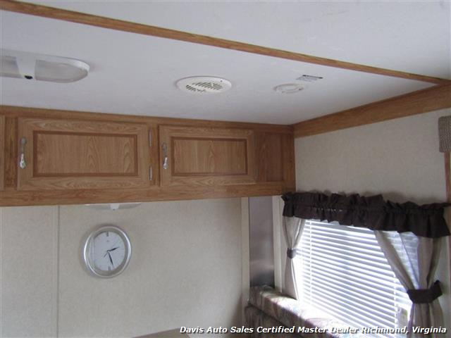 2007 Work And Play Forest River 30 Foot  Toy Hauler Camper - Photo 34 - Richmond, VA 23237