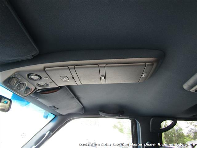 1995 Chevrolet Suburban K 1500 LT 4X4 Lifted - Photo 8 - Richmond, VA 23237