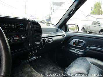 1995 Chevrolet Suburban K 1500 LT 4X4 Lifted - Photo 5 - Richmond, VA 23237