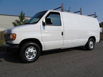 2002 Ford E-Series Cargo E-150 Van