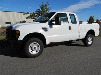 2008 Ford F-350 Super Duty XL Truck