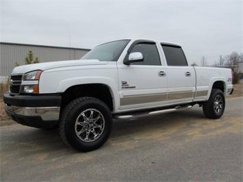 2007 Chevrolet Silverado 2500 LS Truck