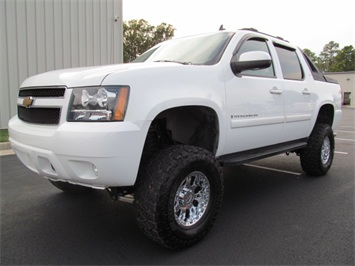 2007 Chevrolet Avalanche LT 1500 Truck