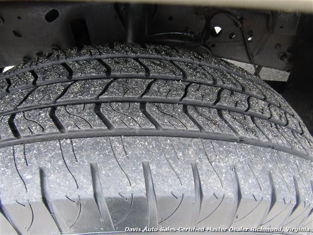2000 Ford Excursion Limited 4X4 - Photo 24 - Richmond, VA 23237