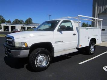 2002 Dodge «model» Truck